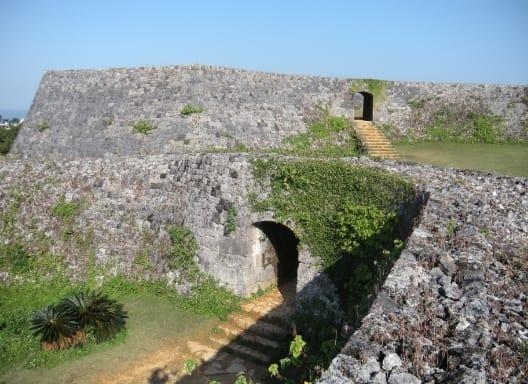 歴史ロマンを秘めた美しき古城